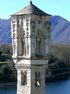 campanile di Ossuccio particolare.JPG (1056×1408)