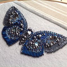 Самый лучший выходной-когда никто не отвлекает и можно заняться любимым делом и поработать всласть#butterfly #embroidery #бисер #вышивка #бабочка #аппликация