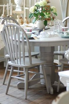 Grey painted kitchen table (Farrow and ball-Elephants breath)