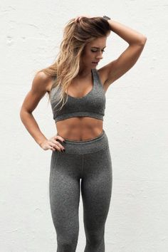 La Star du Fitness Kelsey Wells Prouve Que le Poids N'a Vraiment Aucune Importance - Fitness is life, fitness is BAE! <3 Tap the pin now to discover 3D Print Fitness Leggings from super hero leggings, gym leggings, fitness, leggings, and more that will make you scream YASS!!!