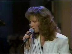 """Patty Loveless with her hit working woman's anthem """"On Down the Line,"""" backed by Vince Gill on guitar. I actually think this live version sounds better than the album version. Best Country Music, Country Music Videos, Country Songs, Music Love, My Music, Patty Loveless, Gold Live, Vince Gill, Amy Grant"""