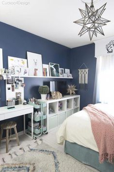 art and crafting area in pre-teen or teenage room Bedroom makeover Cheap ways to decorate a teenage girl's bedroom Room Makeover, Teenage Room, Bedroom Diy, Girl Bedroom Decor, Bedroom Makeover, Room Design, Bedroom Design, Blue Girls Rooms, Room Inspiration