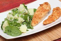 Chicken breast with parmesan - Piept de pui crocant cu parmezan, cartofi cu mazare si baby spanac Family Kitchen, Parmesan, Food Inspiration, Zucchini, Main Dishes, Breast, Chicken, Vegetables, Recipes