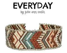 Julie Ann Smith Designs HOPSCOTCH Odd Count Peyote Bracelet
