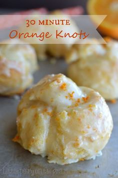 Minute Orange Knots All the yumminess of orange sweet rolls without all the fuss! featured on Ella ClaireAll the yumminess of orange sweet rolls without all the fuss! featured on Ella Claire Brunch Recipes, Breakfast Recipes, Dessert Recipes, Breakfast Pastries, Kraft Recipes, Desserts On A Budget, Breakfast Casserole, Easy Recipes, Breakfast Biscuits