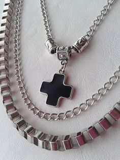 Collar Cruz _Triple cadenas - 20% Off