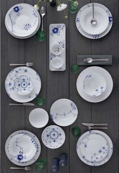 Royal Copenhagen Blue Fluted Mega plate deep Ø 24 cm