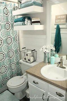Decor: Banheiros com cortina no lugar do box!