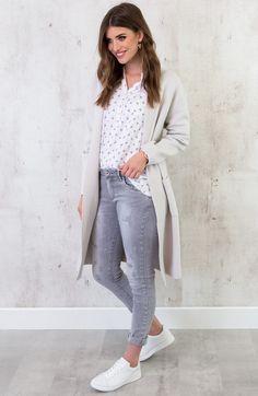5e696030196f12 16 beste afbeeldingen van zakelijke kleding dames - Business clothes ...
