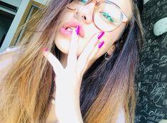 Round Glass, Glasses, Fashion, Princess, Eyewear, Moda, Eyeglasses, Fashion Styles, Eye Glasses