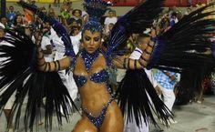 Sabrina Sato foi a rainha de bateria da Vila Isabel. Foto: Bruno Gonzalez - Agência O Globo