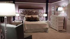 Desperate Housewives: Ana's Bedroom Desperate Housewives Bree, Gabrielle Solis, Wisteria, Housewife, New Homes, Living Room, Interior Design, Bedroom, Furniture