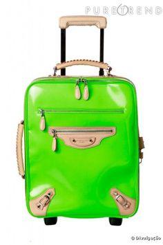 Nova mala da marca Balenciaga na cor verde limão com detalhes em ...