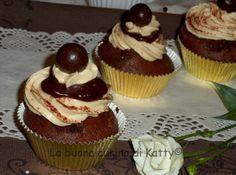 La buona cucina di katty: Chocolate cupcakes with coffee cream filling - Cupcakes al cioccolato con ripieno di crema al caffè