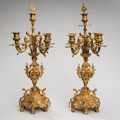 Par de candelabros do sec.19th em bronze gilded a ouro, 62cm de altura, 35,000 EGP / 14,400 REAIS / 4,150 EUROS / 4,600 USD https://www.facebook.com/SoulCariocaAntiques https://instagram.com/soulcarioca_antiques