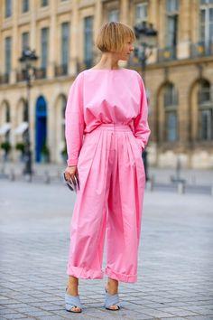 Fashion Week haute couture : les plus beaux looks d'été croisés à Paris 3