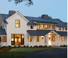 Great looking country house with lots of additive elements, changing roof profiles, and general 'interest.' Like it!