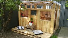 Our D.I.Y Pallet Playhouse - Simplicity + Me