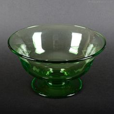 Vintage green glass footed bowl with polished pontil mark on base. Vintage Green Glass, Colour Board, Beautiful Architecture, Antique Glass, Vintage Industrial, Envy, Glass Art, Scarves, Conditioner
