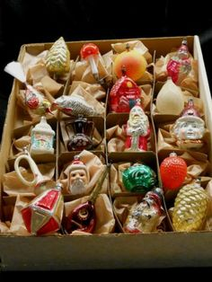 COLLECTION OF 20 ANTIQUE/VINTAGE GERMAN GLASS FIGURAL ORNAMENTS, VERY GOOD COND.