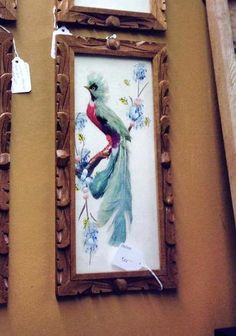 Vintage Handmade Mexican feather art of Exotic Bird in a 7/8 inch wide wood frame.    Measurements: Overall: 12 1/4 inches long and 6 1/4 inches