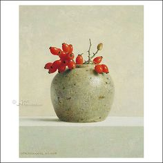 Gemberpot met rozenbottels | Henk Helmantel - Art Revisited