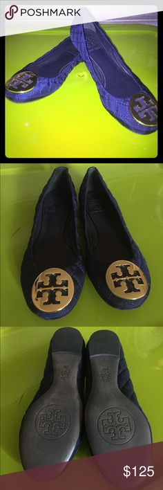 Tory Burch Navy Blue Quilted Flats Tory Burch Navy Blue Quilted Flats with fabric and leather upper, leather lining and leather inner sole. The flats have the signature gold metal logo. Like new condition! Love them? Make a reasonable offer through the app! Tory Burch Shoes Flats & Loafers