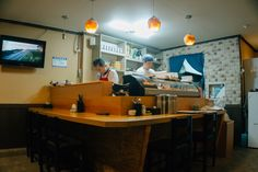 One Day East Busan Itinerary (Part 2): Haeundae Beach & Market + Best Sushi in Town | The Classic Wanderer Busan South Korea, Sushi Set, Traditional Market, Famous Beaches, Best Sushi, Bus Ride, Fresh Seafood, Day, Classic