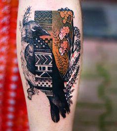 50 Elegant Animal Tattoos In Psychedelic Colors By A Polish Artist Raven Tattoo, Arm Tattoo, Sleeve Tattoos, Tattoo Bird, Hummingbird Tattoo, Samoan Tattoo, Polynesian Tattoos, Bodysuit Tattoos, Pretty Tattoos