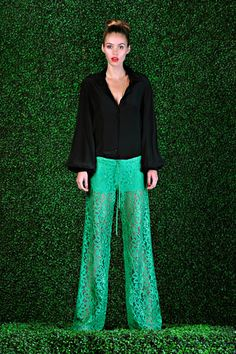 Resort 13 | Alexis - I MUST have these pants or a similar style!!