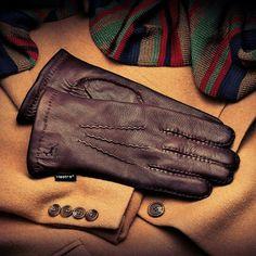 Hestra Men's Classic Wool-lined Deerskin Glove Deerskin Gloves, Deer Skin, Scarf Hat, Gifts For Husband, Gentleman, Fashion Accessories, Mens Fashion, Wool, Classic