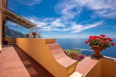 #BBCostieraAmalfitanaSulMare: Casa Marina, a 300 m dalla spiaggia, offre terrazza, sistemazioni climatizzate con balcone, connessione WiFi gratuita... Positano, Amalfi, Terrazzo, Outdoor Furniture, Outdoor Decor, Travel Guides, Sun Lounger, Home Decor, Home