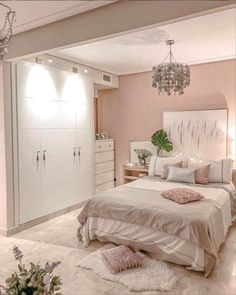 Looking to freshen up your home decor? Get inspired by hundreds of photos and room tours of some of the South's most beautiful homes living room decor livingroom ideen grau Cute Bedroom Ideas, Cute Room Decor, Room Ideas Bedroom, Girl Bedroom Designs, Small Room Bedroom, Home Decor Bedroom, Master Bedroom, Bedroom Signs, Interior Livingroom