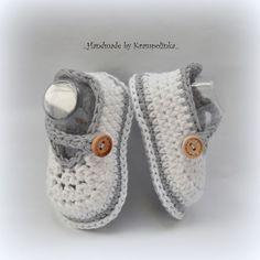Easy Baby Booties Gratis Häkelanleitung - Crochet For Kids - dekoration Booties Crochet, Crochet Baby Boots, Crochet Baby Sandals, Crochet Toddler, Crochet Bebe, Crochet Baby Clothes, Crochet Shoes, Crochet Slippers, Free Crochet