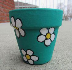 Flower Pot Art, Flower Pot Design, Clay Flower Pots, Flower Pot Crafts, Clay Pot Crafts, Clay Pots, Clay Flowers, Shell Crafts, Floral Design