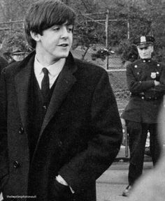 It's a home for rare and hard to find Beatles and Paul McCartney photos and memorabilia. Beatles One, Beatles Photos, John Lennon, My Love Paul Mccartney, Declan Mckenna, Sir Paul, British Invasion, The Fab Four, Wife And Girlfriend