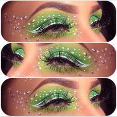 22 Schmetterlings-Fantasie-Make-up - Halloween paint - Fx Makeup, Makeup Inspo, Makeup Inspiration, Makeup Tips, Makeup Trends, Maquillage Halloween, Halloween Makeup, Tinkerbell Makeup, Saint Patricks Day Makeup