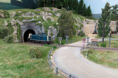 Model Trains, Scenery, Building, Trains, Landscapes, Model Train, Model Building, World, Tips