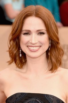 Ellie Kemper Is Wearing Peter Pilotto at the 2016 SAG Awards, and I'm loving the hair