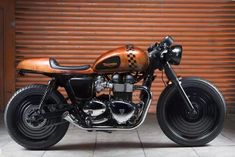 CAFE' RACER Hot rod #motorcycle #triumph