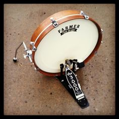 Farmer StompDrum - portable and handcrafted bass drum in multiple sizes and colors. Made to order. www.footdrums.com