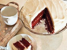 Molly Sims: My Mom Dorothy's Red Velvet Cake| Molly Sims