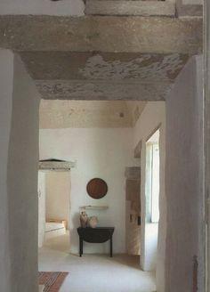 Living in Salento / Abitare il Salento by Patrizia Piccoli & Cristina Fiorentina - Idea Books