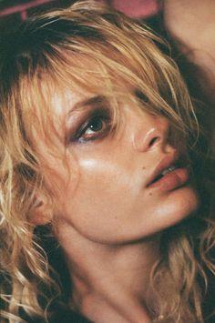 Makeup Artist Asami Taguchi for Trasmission Magazine #2 feat. Stef Van Der Laan