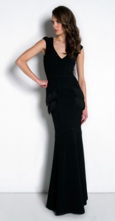 AMANDA WAKELEY - Niara Scuba Gown Black - Hire £109