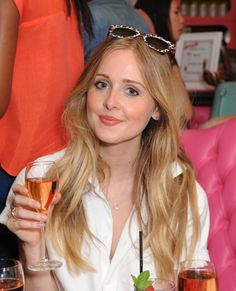 Diana Vickers enjoying a Benetini #gabbishead