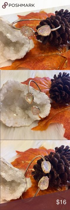 ⚡️LAST ONE⚡️18k Blush Teardrop Glitter Gem Bangle JUST IN!!! - Beautiful Teardrop Shaped Light Pink/ Blush Glitter Gem Open Ended Bangle Bracelet. 18k Gold Plated Over Sterling Silver. Adjustable Size Fits Most. Brand New Boutique Item In Packaging And Mesh Bag. Boutique Jewelry Bracelets