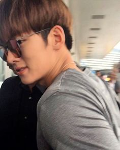Today at airport, back to Korea  . . . . . . . . #jichangwook #지창욱 #池昌旭