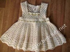 Whether its a wedding or a baptism, this baby dress crochet is here to make your girl look beautiful. Crochet Baby Dress Pattern, Baby Dress Patterns, Gown Pattern, Baby Girl Crochet, Crochet Baby Clothes, Vestidos Bebe Crochet, Crochet Skirts, Little Girl Dresses, Beautiful Crochet