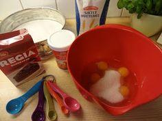 Edels Mat & Vin: Sjokoladekake med karamellkrem ~ ♥ ~ Pudding, Desserts, Food, Tailgate Desserts, Deserts, Custard Pudding, Essen, Puddings, Postres
